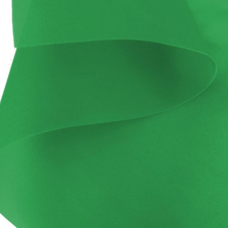 Tissu cancan vert au rouleau