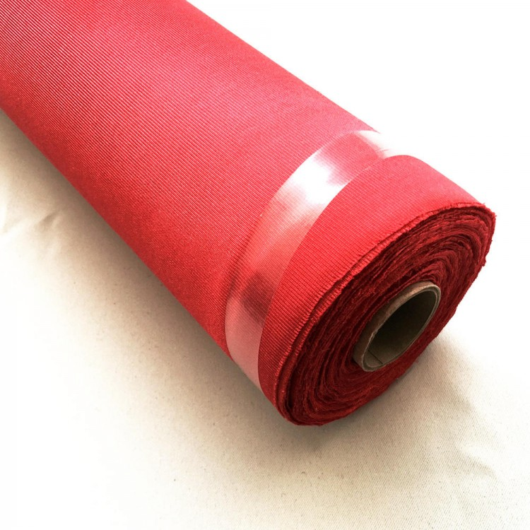 Rouleau de tissu satin