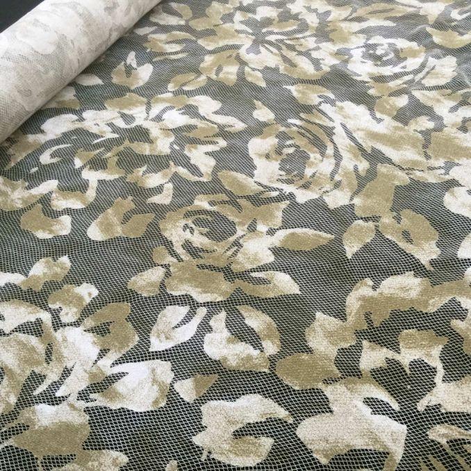 dentelle fleur géante camouflage